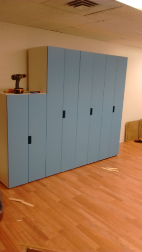 blue cabinets 2/3