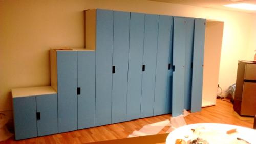 blue cabinets 3/3